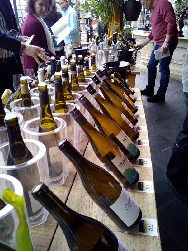 Wijngekken kunnen goed wijn proeven wijnproeven
