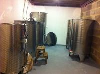 Wijngoed Hegyem in Hongarije, de wijnkelder