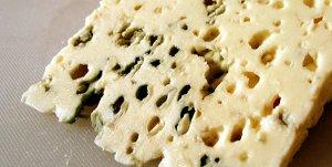Welke wijnen drink je bij kaas of een kaasplankje? Welke wijn bij blauwschimmelkaas of blauwgeaderde kaas