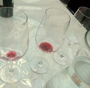 Veel wijnglazen heb je nodig op wijn en wijnproeverijen