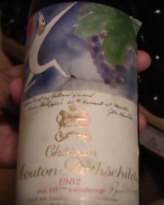 Gevaarlijk! Een wijnkelder bezitten….