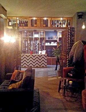 leuke wijnbar in Amsterdam Centrum heel gezellig