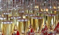 Hoe open je een champagnefles. Champagne mag niet knallen