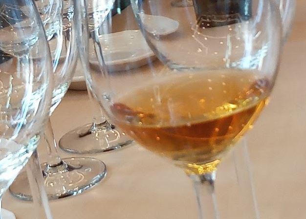 oranje wijn is ook biologische wijn