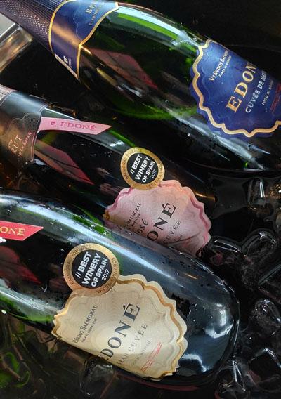 3 mooie moderne mousserende wijnen uit de spaanse wijnwereld