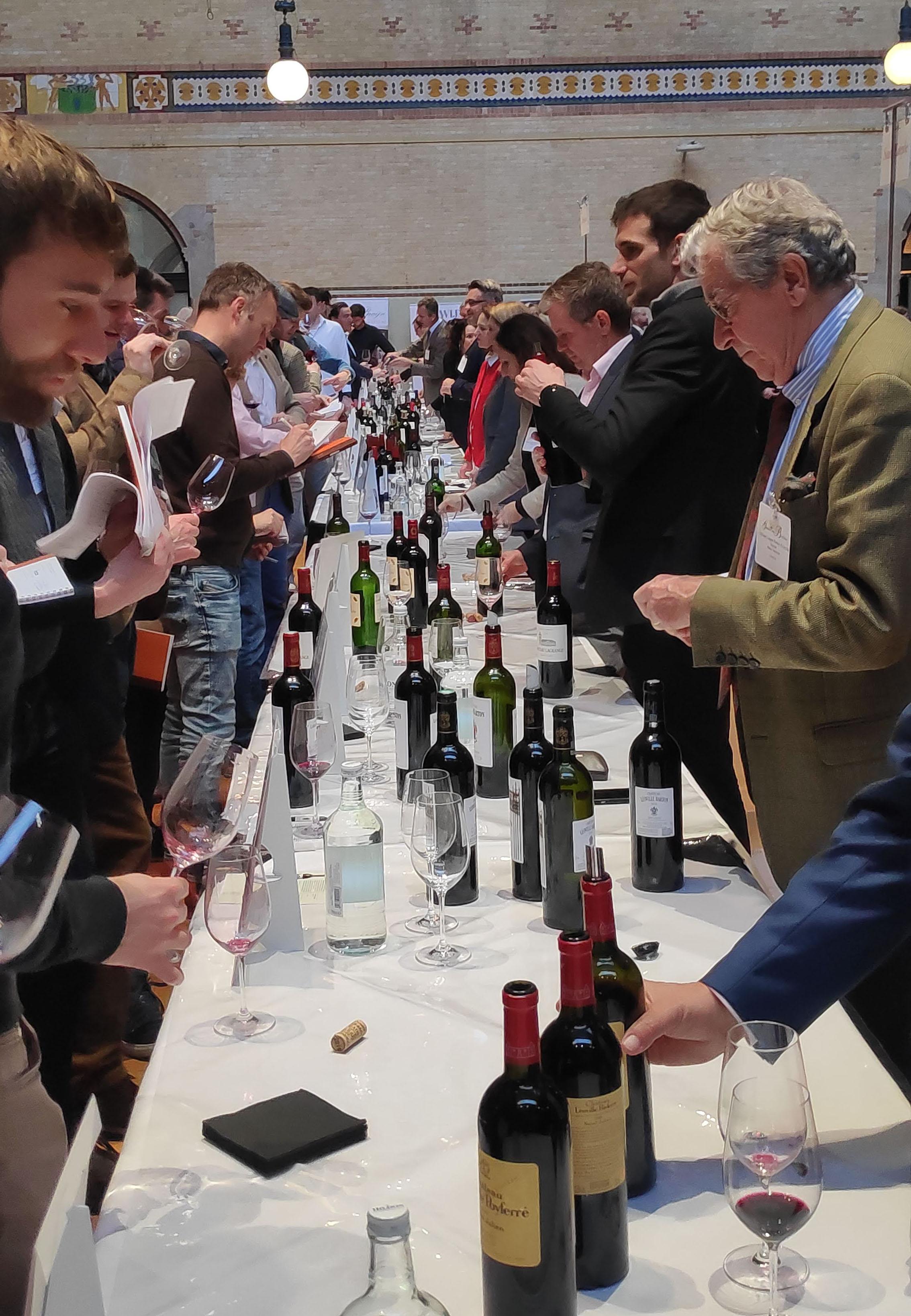 Alle grote Bordeaux chateaux uit de classificatie van Bordeaux waren aanwezig