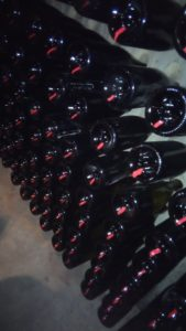 Een Spaanse Cava is geen Spaanse Champagne. De traditionele manier om een Spaanse Cava te maken