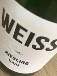 WEISS Riesling 2018, best een leuke supermarktwijn!