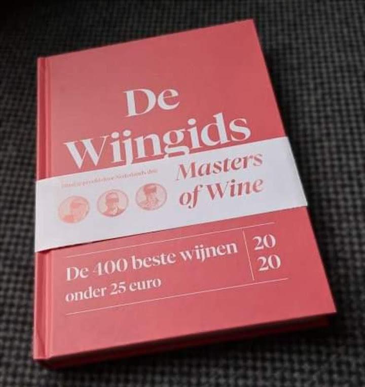 De Wijngids, 400 beste wijnen onder de 25 euro