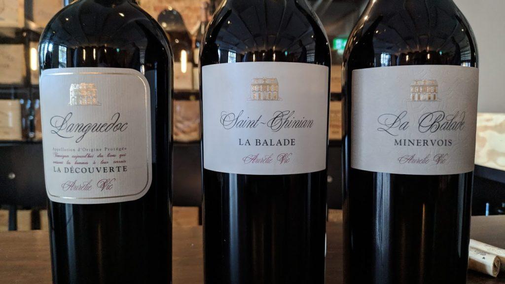 De wijnen uit de Aurélie Vic serie zijn allemaal wijnen die in samenwerking met andere wijnboeren worden gemaakt. Het zijn ook allemaal AOP wijnen uit omliggende dorpen. Aurélie Vic heeft die wijnboeren speciaal uitgezocht om hun kwaliteit in wijn maken en wijnen die passen bij Preignes le Vieux