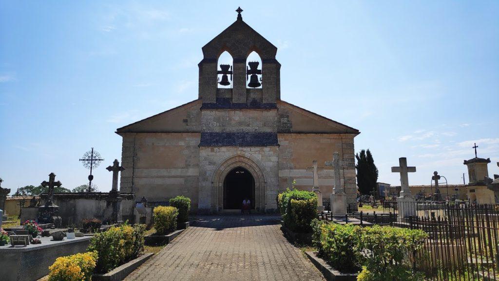 De kerk van het wijndorp Margaux in Bordeaux