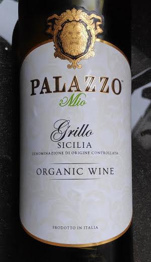 Palazzo Grillo, een biologische witte wijn van het mooie eiland Sicilië