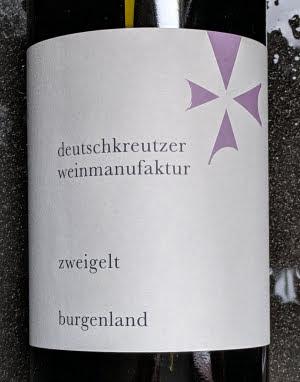 Zweigelt uit 2018. Een rode wijn van Maria und Michael Höferer en te koop bij Greetz op https://www.greetz.nl