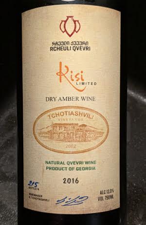 Rcheuli Qvevri, een oranje wijn van de Kisi druif