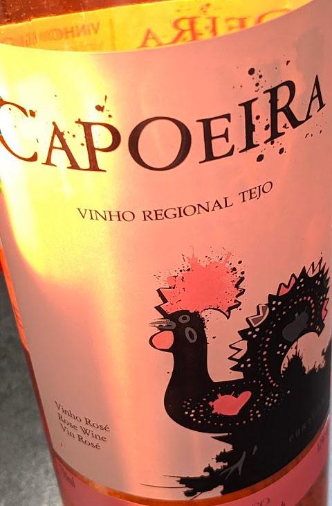 Vroeger was alles anders. Vroeger was het veel rode wijn wat er in Portugal gemaakt werd, maar die tijd is veranderd. Hedentendage is Portugal een modern wijnland en deze vinho rosé uit Alentejo is het bewijs hiervan.