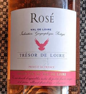 De Dirck III rosé Trésor de Loire is een heel betaalbare rosé en voor die prijs steekt hij wel overal bovenuit.