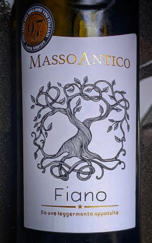 Masso Antico Fiano Salento, een dijk van een Fiano van Dirck III