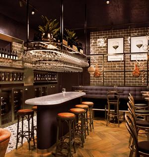 Zoek je een leuke wijnbar in Rotterdam? Nou, hier heb ik er eentje voor je gevonden.