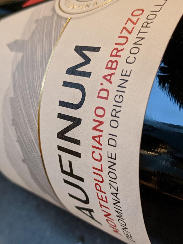 Aufinum Montepulciano d'Abruzzo, een mooie complexe rode wijn uit Italië