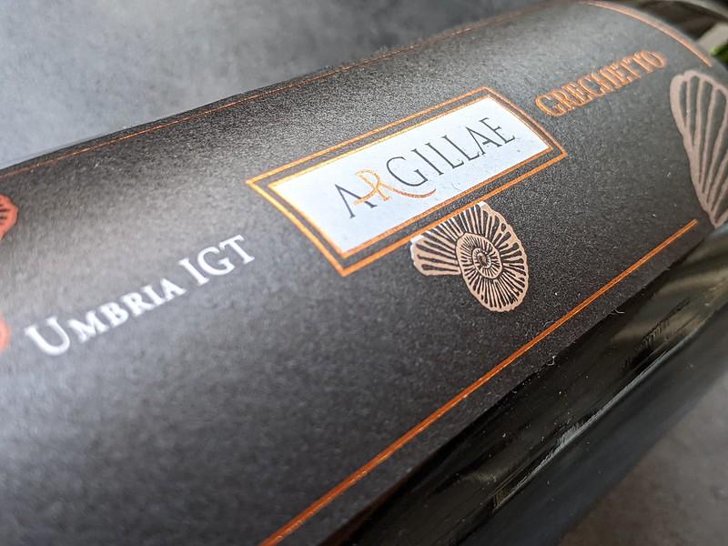 Argillea is een witte wijn uit midden Italië. Het druivenras Grechetto is de druif die deze heerlijke Grechetto voortbrengt.