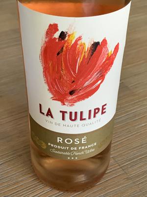La Tulipe Rosé 2020 is een bekende wijn van Ilja Gort en zijn zoon Klaas. Best wel een aanradertje voor de aanbiedingsprijs!