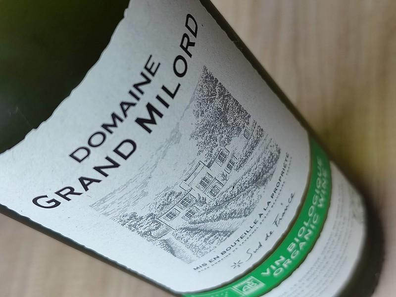 Domaine Grand Milord Blanc is een bewuste keuze voor de wijnliefhebber met een ecologisch wijnhart. Milieubewuster is bijna niet te krijgen met deze pure biologische wijn.